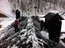 Уборка снега с крыши Красная поляна